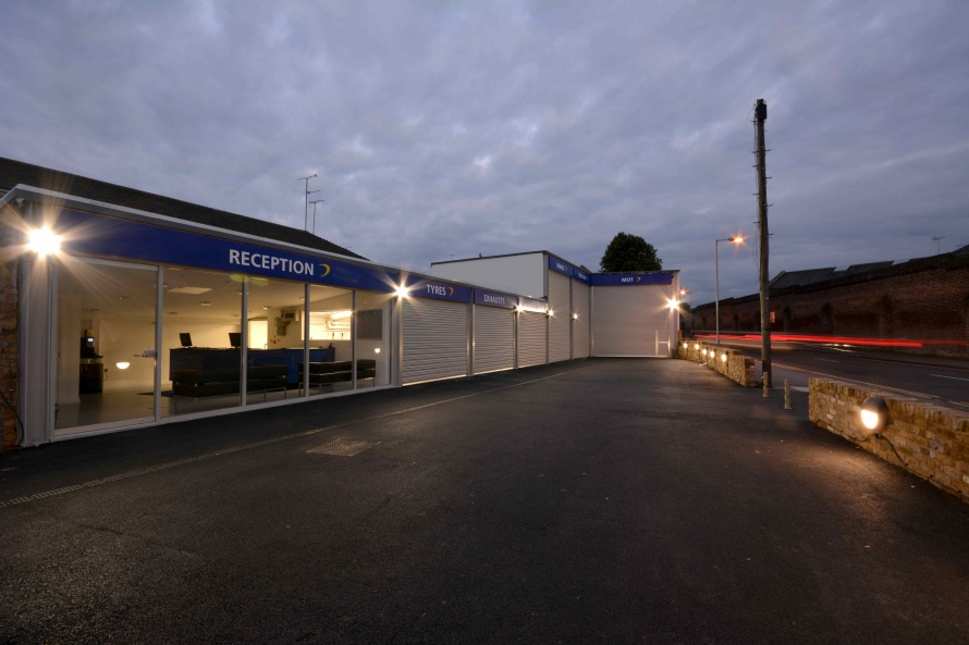 Universal Tyres Chelmsford